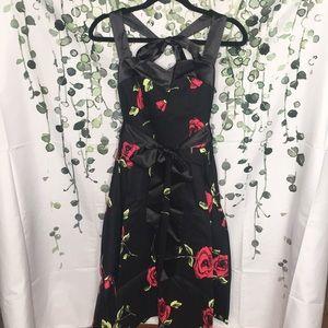 Pin-up Style Rose Dress